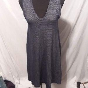 3/$30 Gap navy blue and white stripe vneck dress S